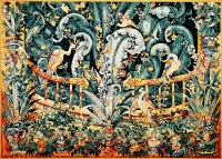 Royal Paris Printed Tapestry Canvas - Chateau d'Angers. (The greenery birthworts)