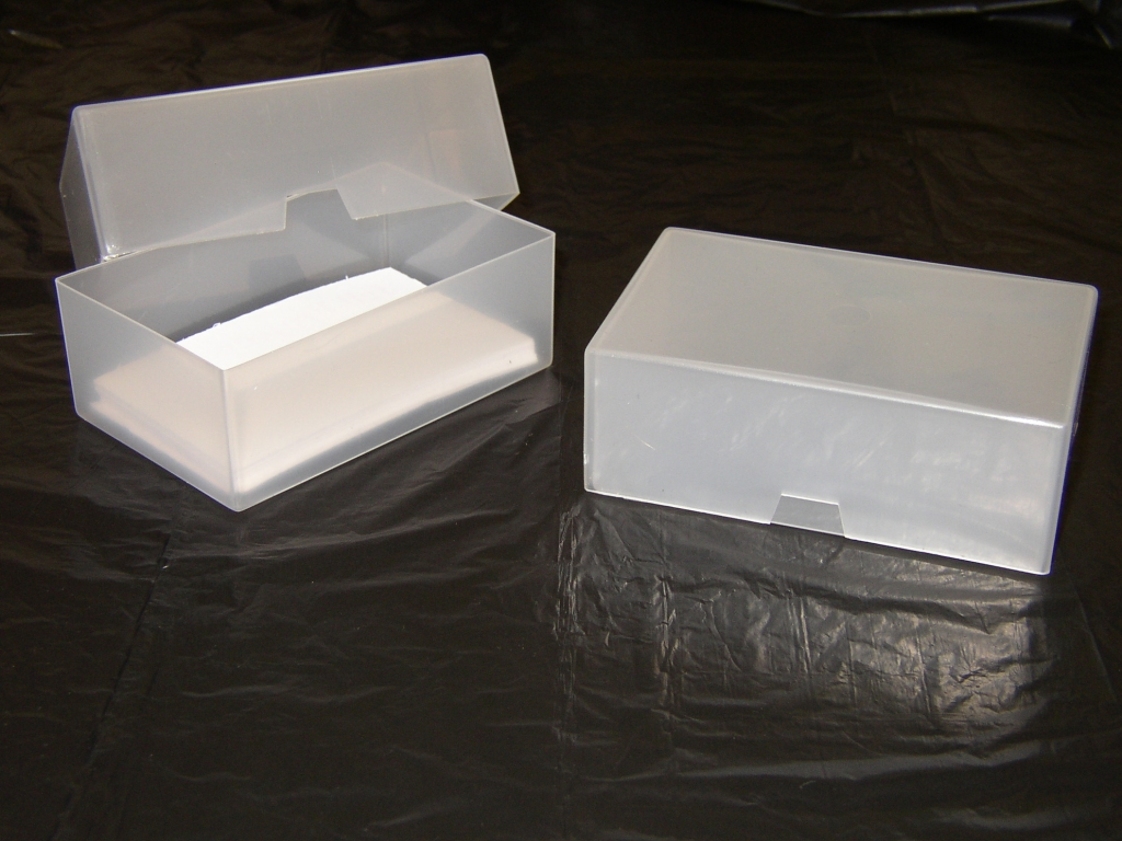 100 x A7 BUSINESS CARD BOXES PLASTIC CRAFT BOX HOLDER