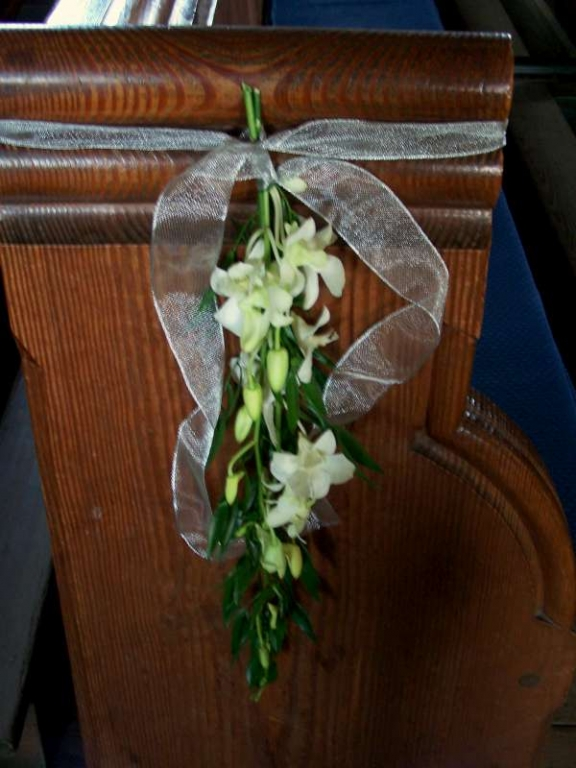 Wedding Flowers For End Of Pews Pew Ends